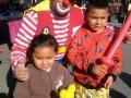 Payasos en Los Angeles - Swap Meet - Payaso Trompetin - Figuritas de Globos